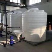 辰煜塑料容器批发出售10吨氯化铵储罐厂家 绿化蓄水PE水塔